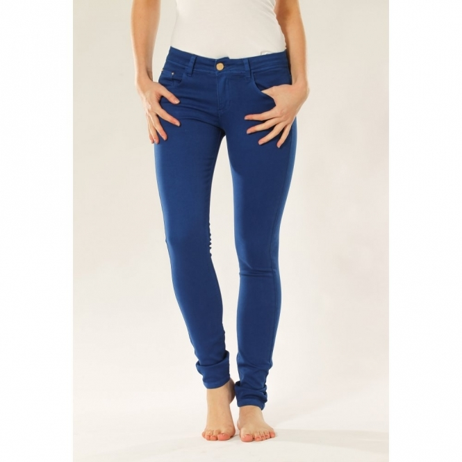 Skinny Jeans In Royal Blue
